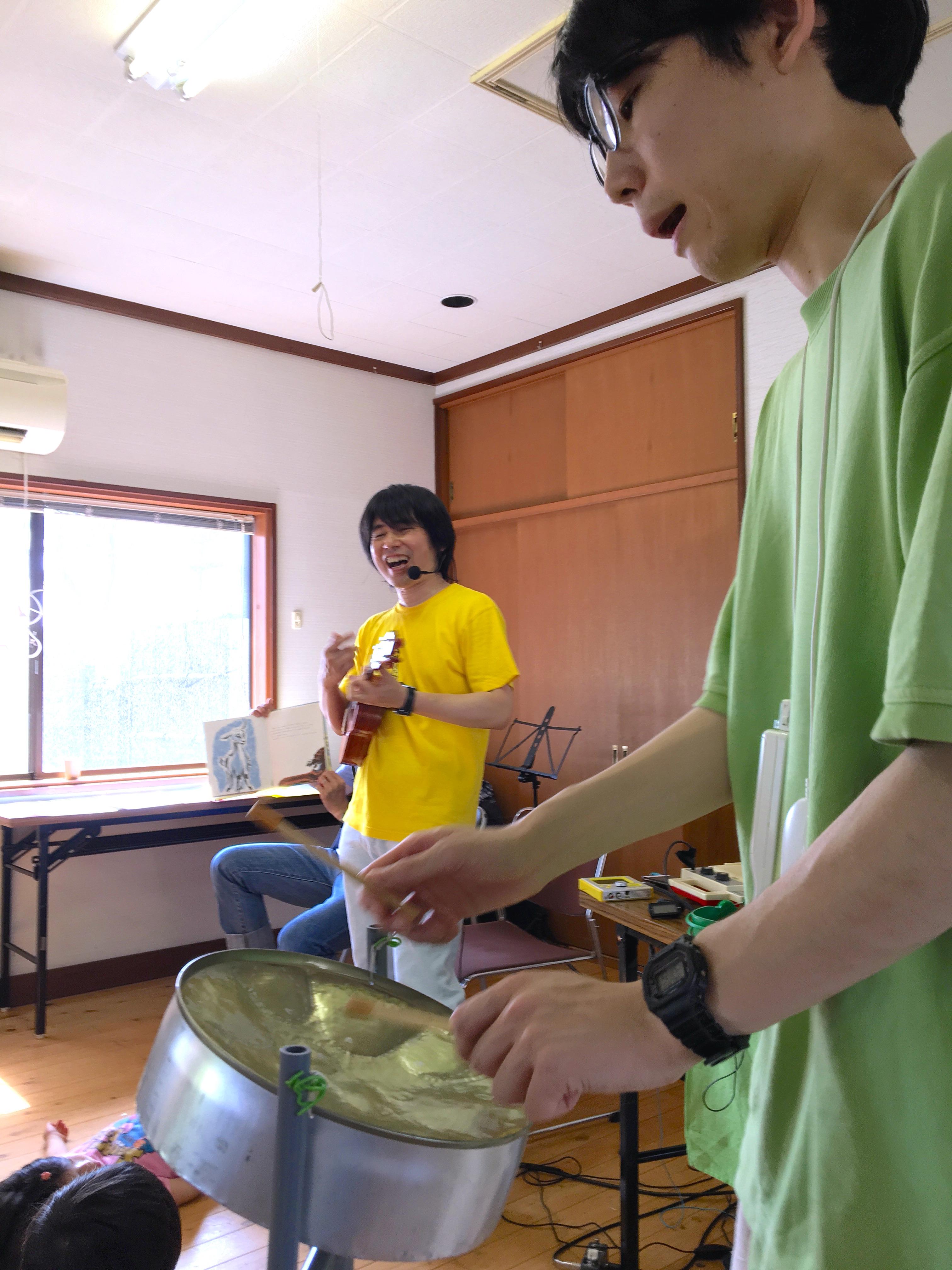 19回連続の晴れ伝説を更新!にしむらなおとさん&DJあっくん絵本ライブ@海山時間2017