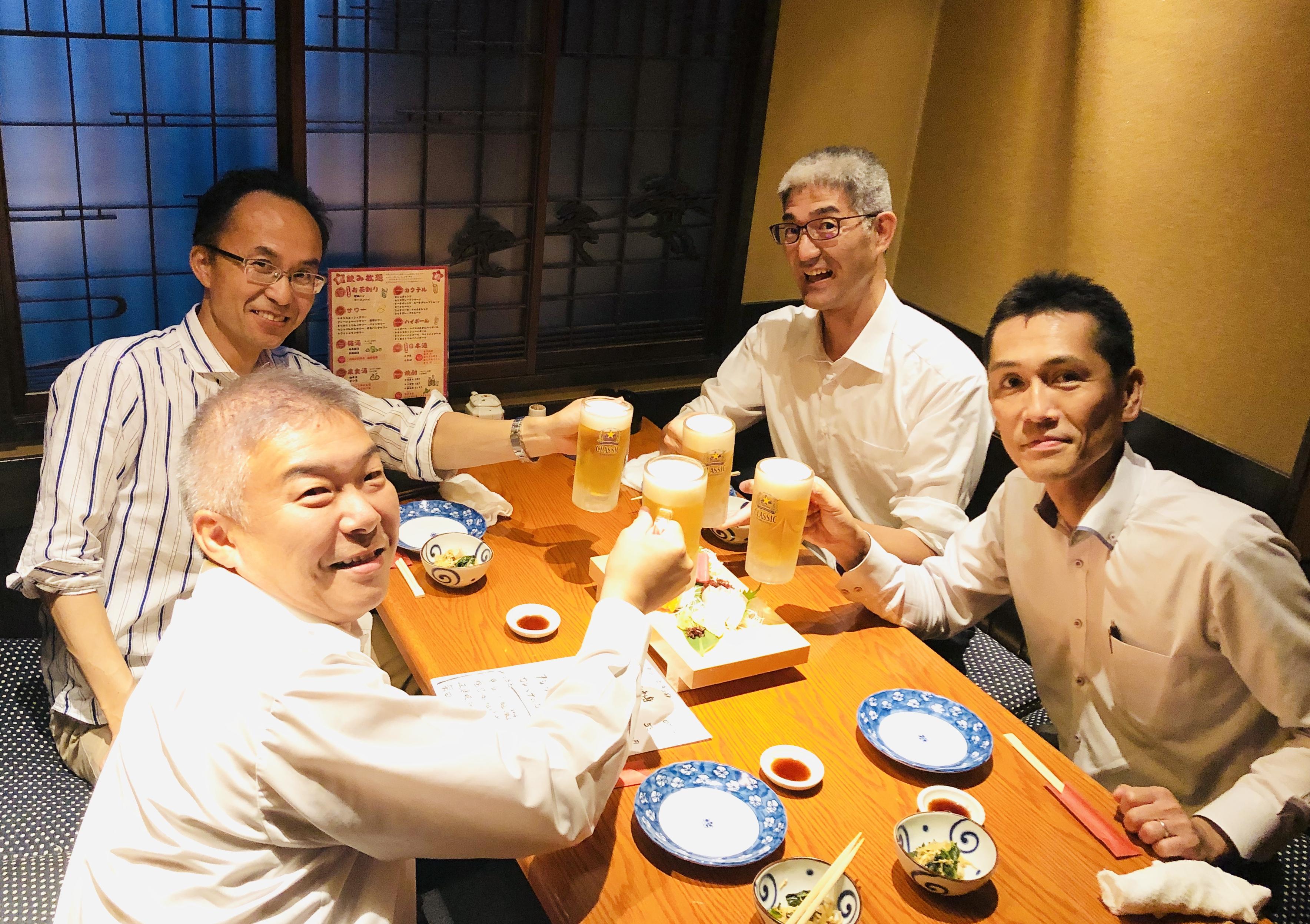 FJ北海道チームと乾杯!