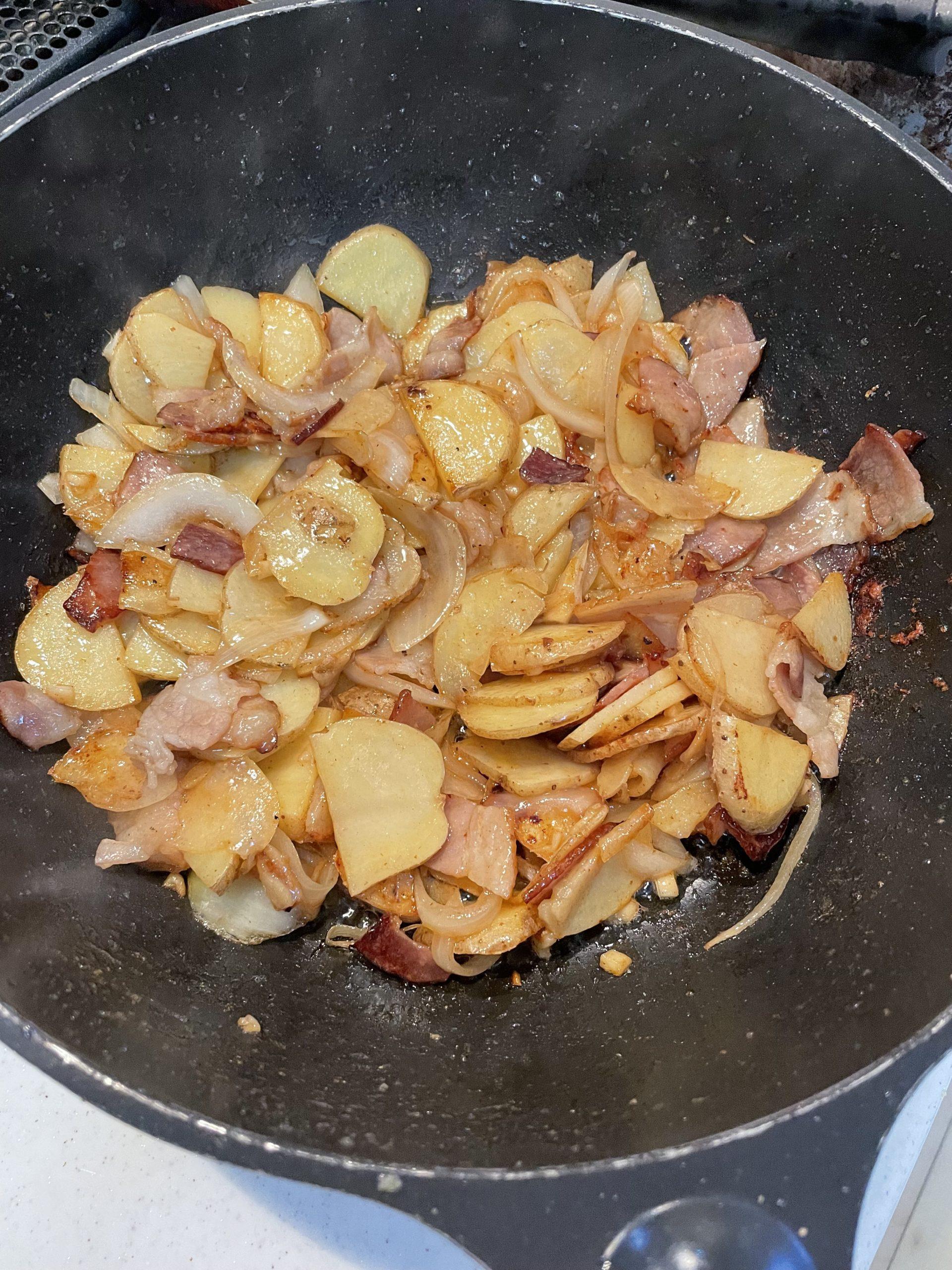 リュウジさんの料理動画をみながらパパごはん